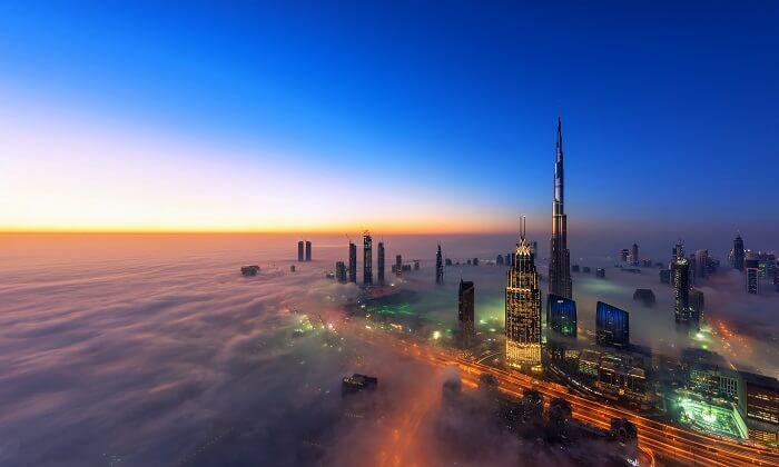 أهم 5 نصائح لثبات مكياجك في ظل حرارة دبي المرتفعة