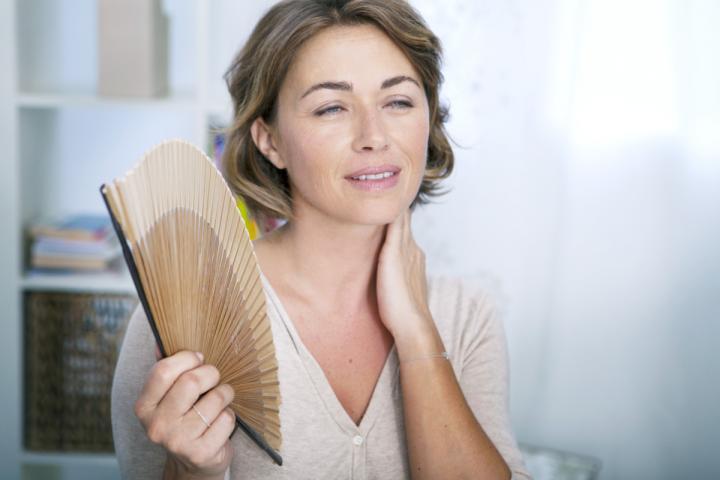 هل اعراض الضغط النفسي يسبب السخونه في الجسم