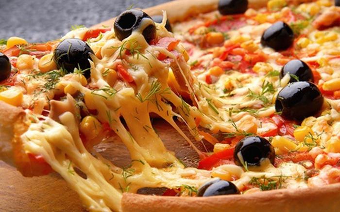 بيتزا بمكونات اقتصادية