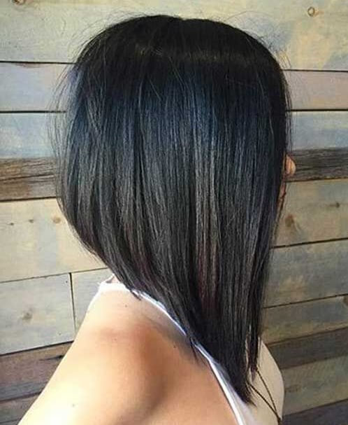 قصات شعر قصير جديدة وعصرية