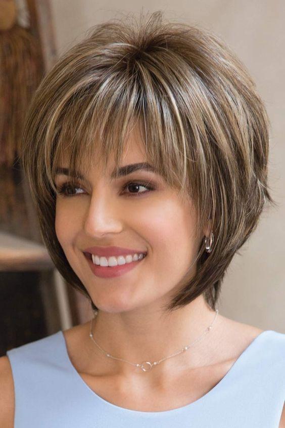 تسريحات شعر قصير ناعمة
