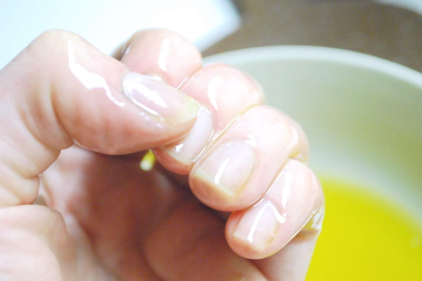 طريقة تطويل الأظافر من الجلد