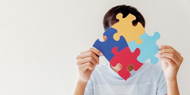التوحد مرض نفسي ام عقلي