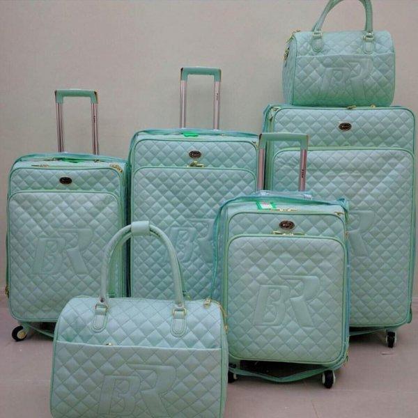 حقائب سفر للبنات