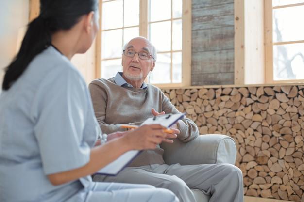 كيف اقنع المريض النفسي بالعلاج