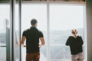 كيف اتجاهل زوجي؟ إليك 4 طرق يمكنهم مساعدتك لكي تتجاهلي زوجك