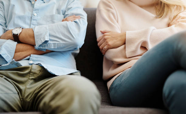 اكتشفت ان زوجي له علاقات سابقه.. إليك بعض الاقتراحات للتغلب ذلك؟
