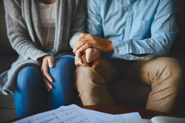 كيف اخلي زوجي يحبني ويتعلق فيني مرة أخرى؟