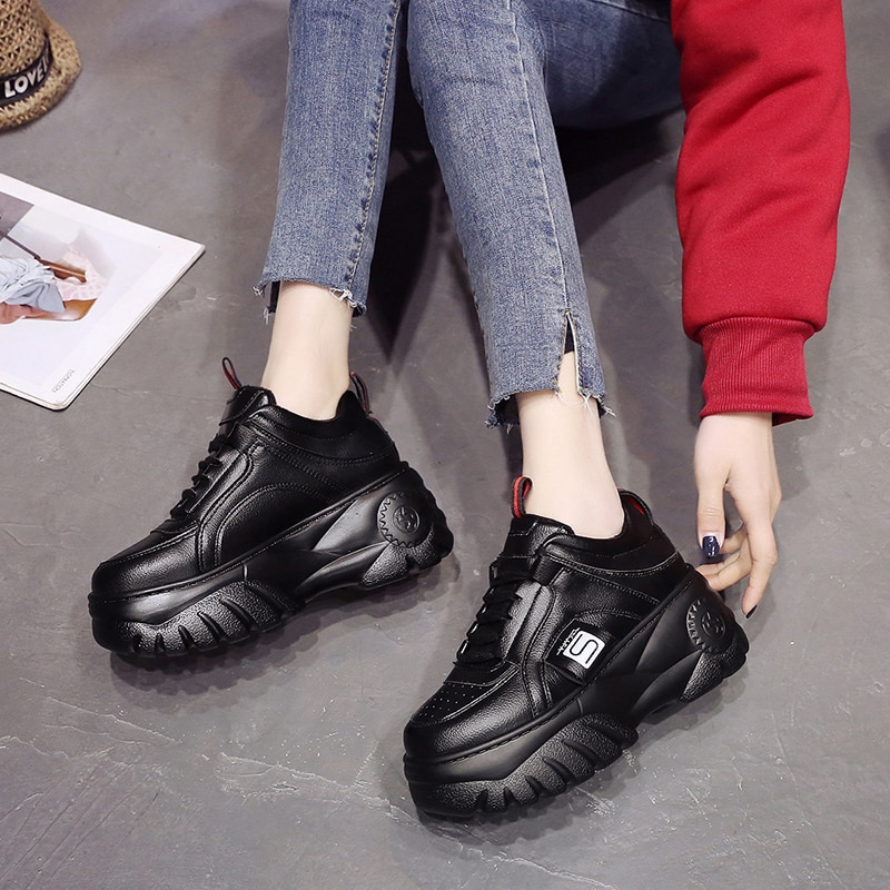 أفضل ماركات الأحذية النسائية