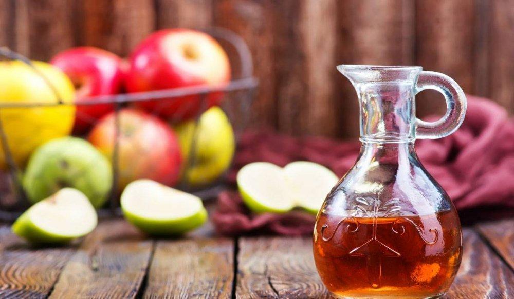 فوائد خل التفاح للبشرة الذهنية