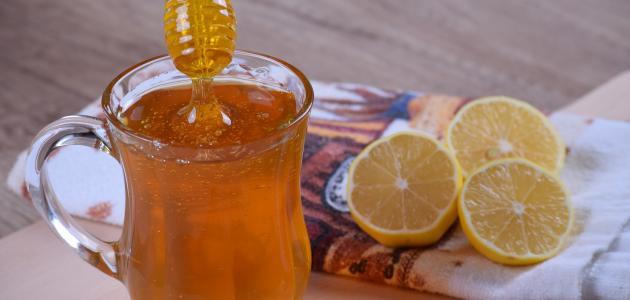 ماسك للوجه بالعسل لتفتيح البشرة