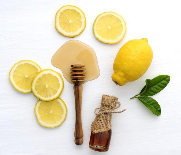 وصفات لتفتيح البشرة بالعسل