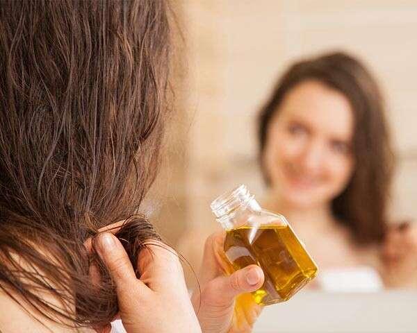 وصفات لتكثيف الشعر في المنزل