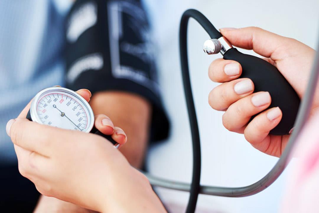 اسباب انخفاض الضغط والسكر معا