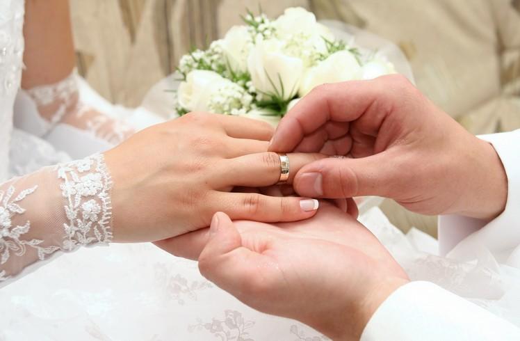 ماذا يحب الرجل في زوجته المستقبلية