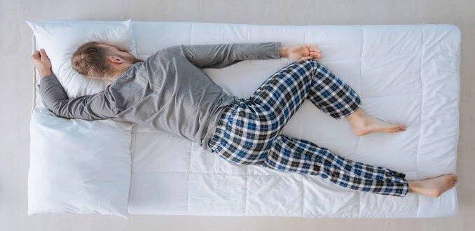 النوم على البطن تحليل شخصيه