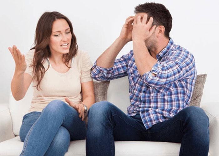 حكم امتناع الزوجة عن زوجها بسبب الزعل