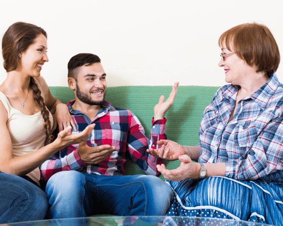 العيش مع أهل الزوج