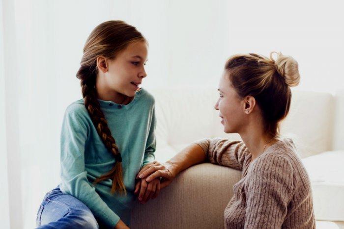 كيف أتعامل مع ابنتي في سن 11