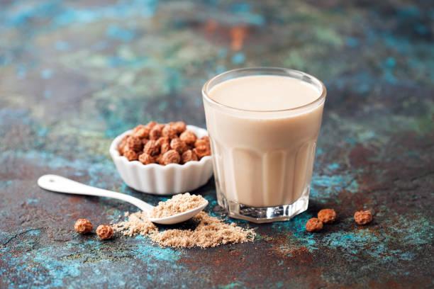 حب العزيز مع الحليب للتسمين