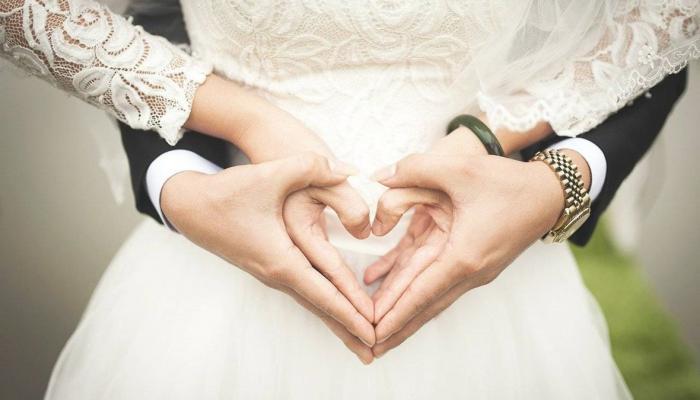 أيام الزواج الأولى والشعور بالضيق