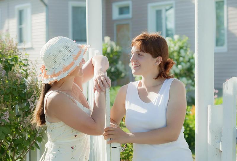 اقترحي بعض الافكار التي يمكن تنفيذها لتوثيق علاقتك مع جيرانك