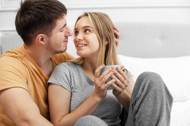 الرجل يعشق في المرأة اربعة اشياء