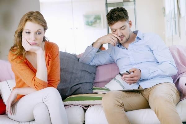 اهمال الزوج لمشاعر زوجته