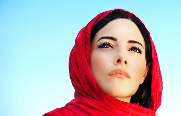 صفات المرأة الجميلة في عين الرجل