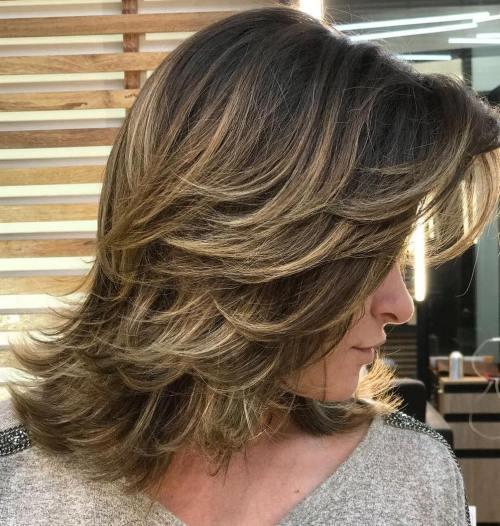 قصات الشعر المتوسط