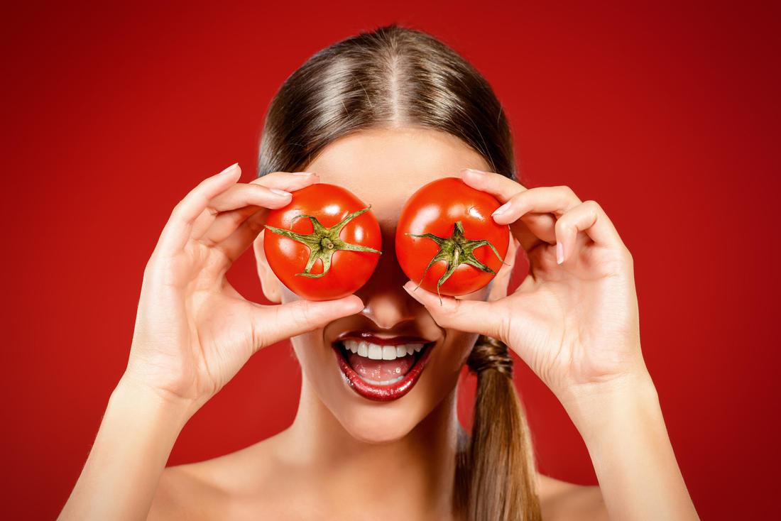 ماسك الطماطم والنشا