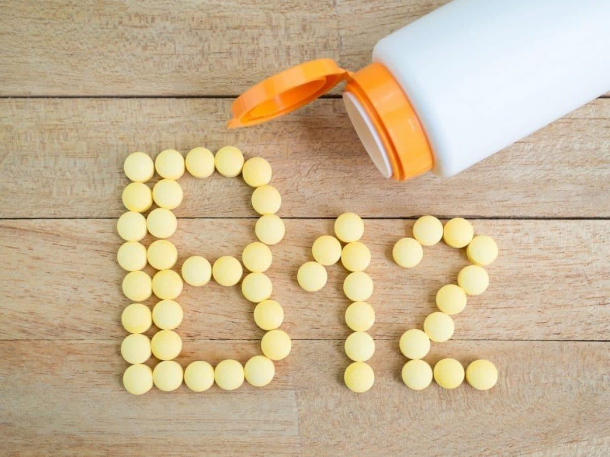 هل يؤثر نقص فيتامين b12 على الدورة الشهري