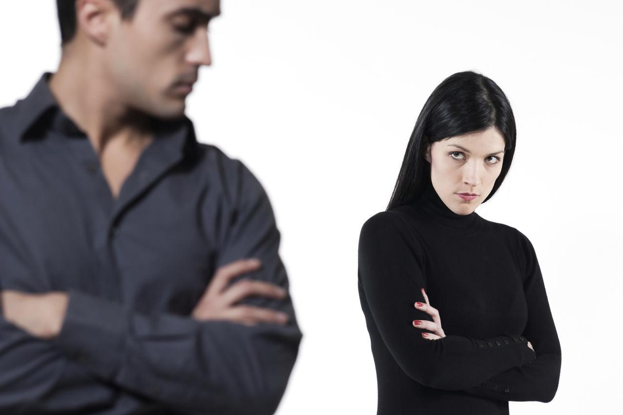 كيف تتصرف إذا اكتشفت خيانة زوجتك