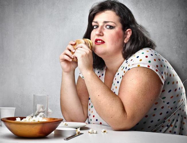أسباب السمنة المفاجئة عند النساء