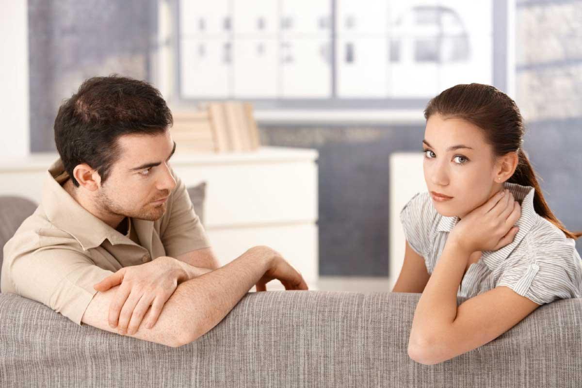 حق الزوجة على الزوج في المعاملة