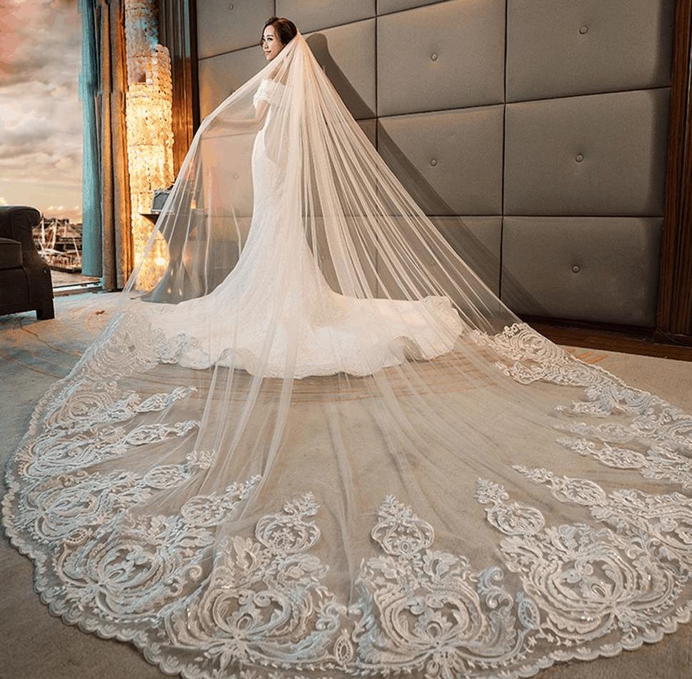 طرحة عروس طويلة