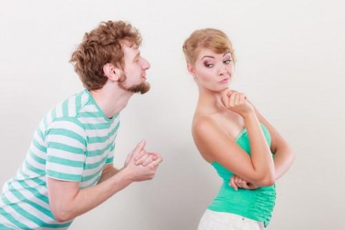كيف اقنع زوجي بشي يرفضه