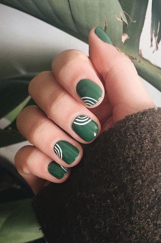 مناكير اخضر